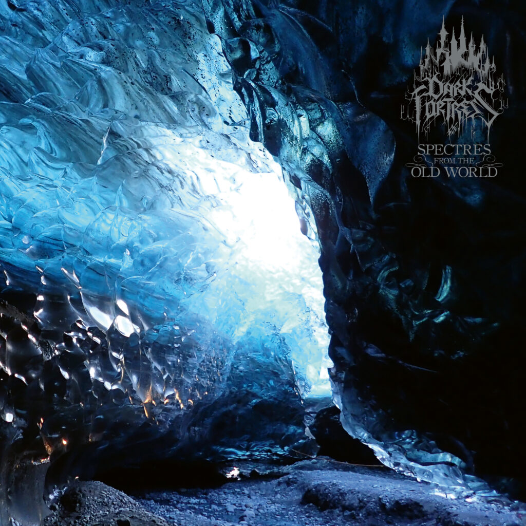 spectres from the old world dark fortress recensione